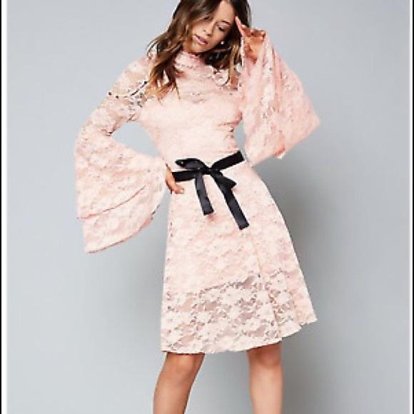 bebe Dresses & Skirts - Bebe Mackenzie flare dress